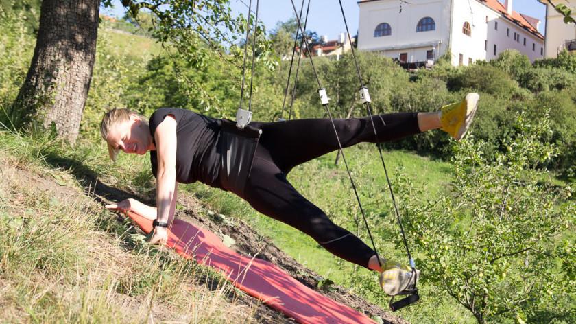 Jak zpevnit zadek, boky a stehna za 10 minut s XUP