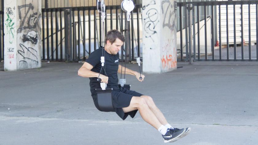 XUP<sup>®</sup> tricepsové tlaky - cviky na povislé paže